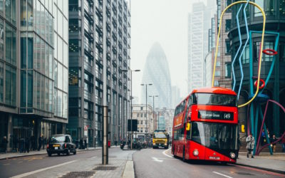 How Artificial Intelligence Can Help Solve The Deadly Pollution Problem Plaguing UK Cities – AND Make Your Daily Commute Faster!